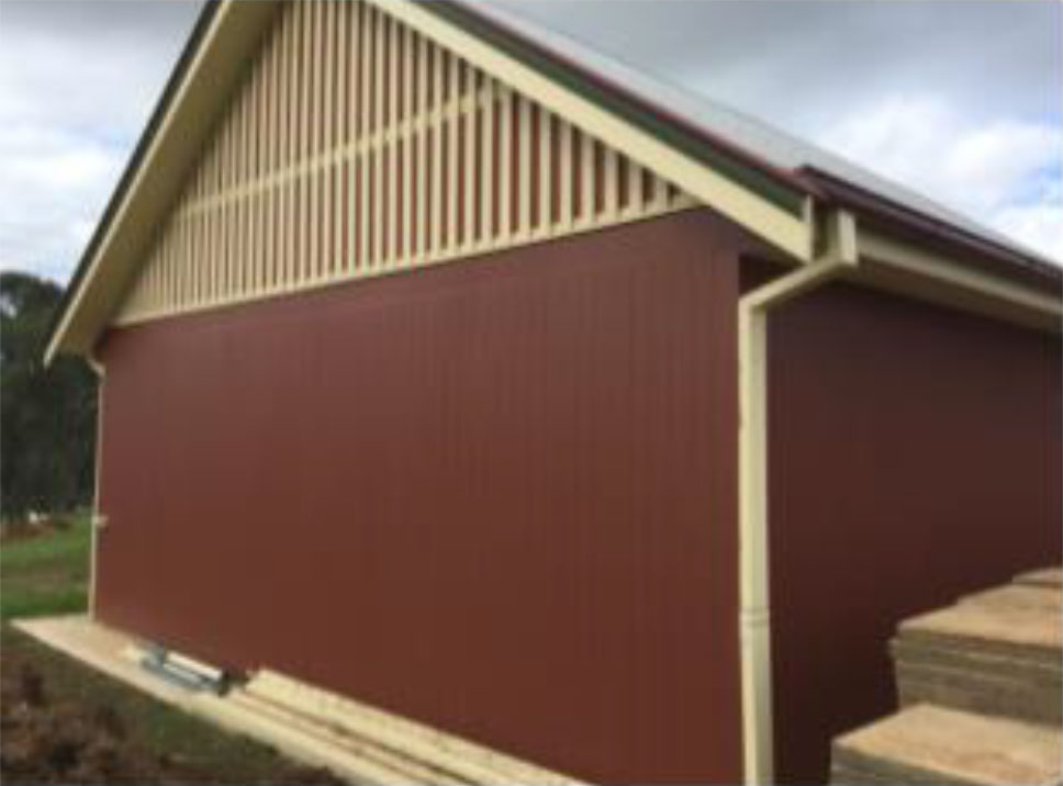Our insulated panels are easy to clean and maintain and are lightweight making the building process fast, enabling you to build in a fraction of time keeping down costs.